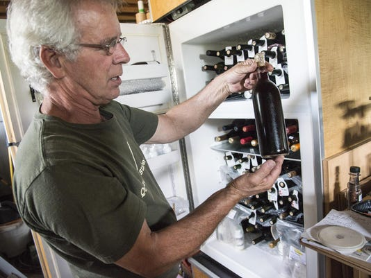 BMN 070215 Home wine making A8 lead