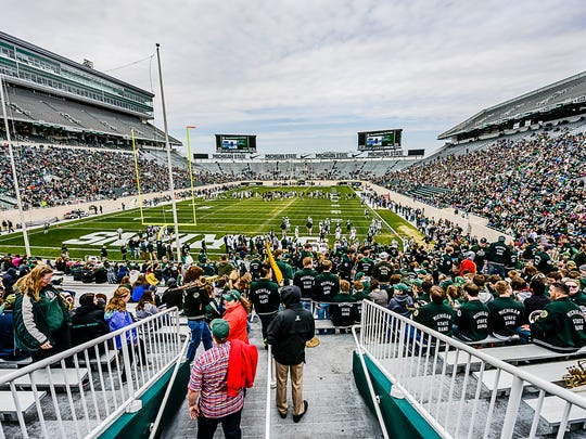 An estimated record crowd of 48,000 fans watched the MSU spring football game Saturday at Spartan Stadium. That ranks as the eighth-highest attendance among major colleges this spring