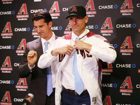 Diamondbacks introduce Lovullo as their new manager