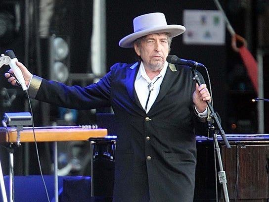 "Bob Dylan performing on at ""Les Vieilles Charrues"""