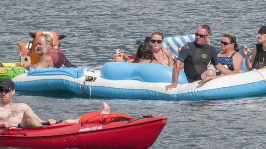 Floaters travel down the St. Clair River during floatdown Sunday, Aug. 21, 2016.