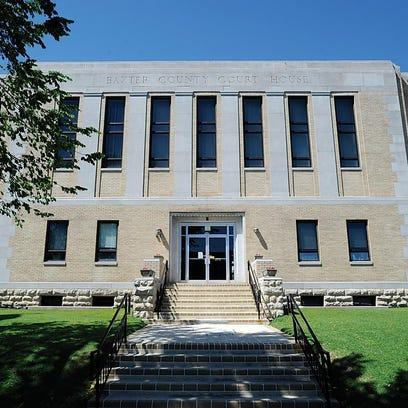 Baxter County Courthouse