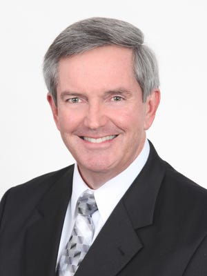 Marco Island's Craig Kelley was inducted into the LSU Manship School of Mass Communication Hall of Fame on Sept. 9, 2016. Kelley was a longtime vice president of public relations for the Indianapolis Colts, and also has co-written a book about former Colts star Peyton Manning due  out in October.