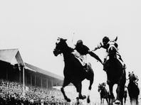 'Fighting Finish:' Story behind the famous Kentucky Derby photo
