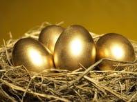 Money Watch: Making your retirement nest egg last