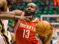 James Harden had a team-high 25 points to lead the Rockets to their third straight win.
