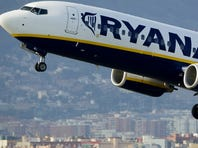 Boeing lands biggest-ever European order from Ryanair