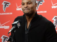 Osi Umenyiora officially became the newest Falcon on March 28.