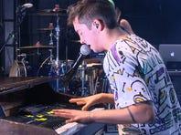 "StudioA: Twenty One Pilots performs ""Migraine"""