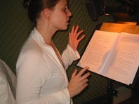 Julia Whelan reads the part of Amy Dunne in the 'Gone Girl' audio book.