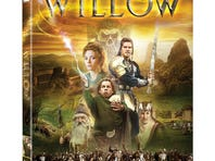 Ron Howard and Warwick Davis are answering fans' questions about 'Willow' today.