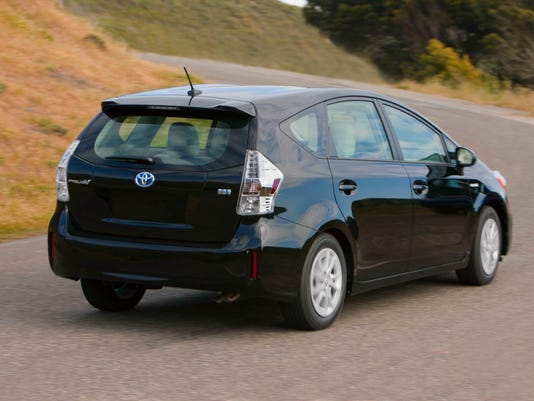 why toyota won 39 t make a prius suv. Black Bedroom Furniture Sets. Home Design Ideas