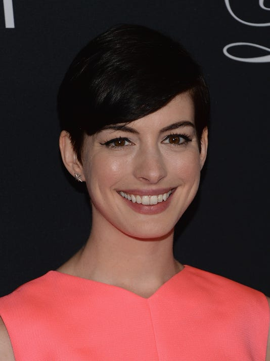 Anne Hathaway rescued from Hawaiian riptide