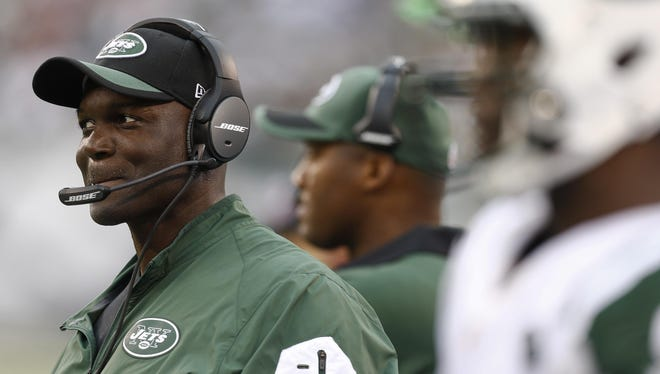 After a brief stay with the Eagles as the team's interim-defensive coordinator, Todd Bowles will face his former team on Sunday as the New York Jets' head coach.