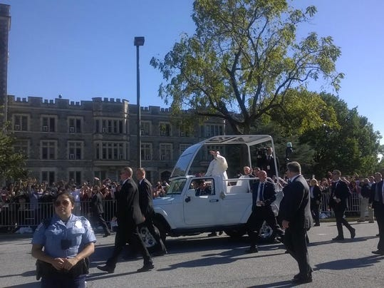 sby 1 pope arrives dc