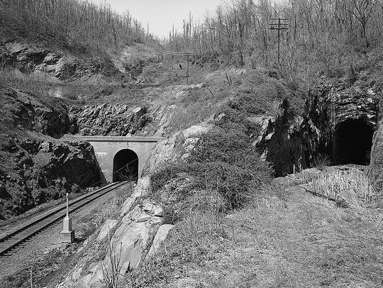 Chesapeake & Ohio Railroad, Blue Ridge Tunnel, Highway