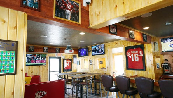 Truman's KC Pizza Tavern in Des Moines features a Kansas