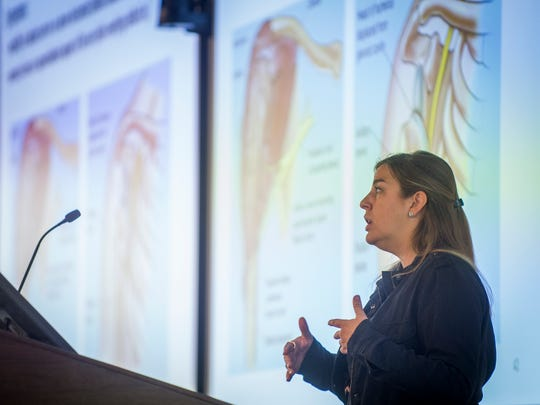 Dr. Nicole Reeves teaches a lecture class at Ross University School of Medicine's new, temporary location in Knoxville on Tuesday, January 16, 2018.