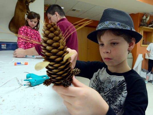 Natural ornaments workshop