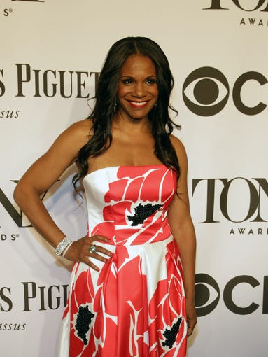 Broadway got a splash of Seventh Avenue glamour at Sunday night's Tony Awards, as Great White Way nominees, winners and actors traded the footlights for the red-carpet spotlight. USA TODAY rounds up the boards' most dolled-up guys and dolls.