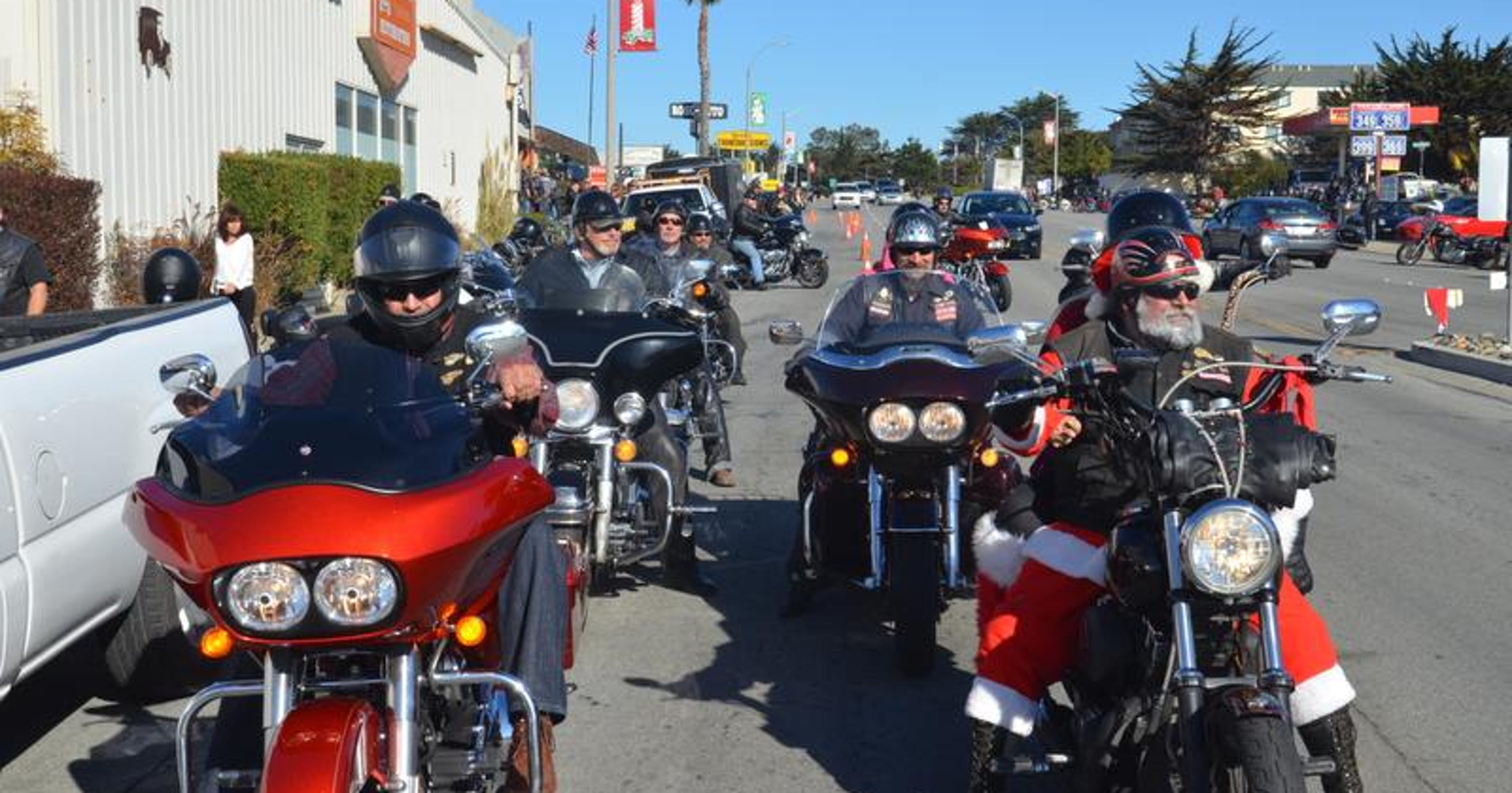 Hell's Angels holds its annual toy run