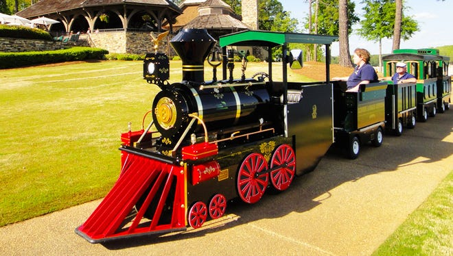 Mesa's annual holiday celebration, Merry Main Street, welcomes an addition to the city's festivities: a trackless train. The train experienced delivery delays from the manufacturer due to storms, but is expected to run over the holiday weekend.