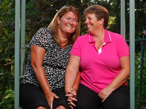 SAL0727-Gay Marriage Barb Lisa.jpg