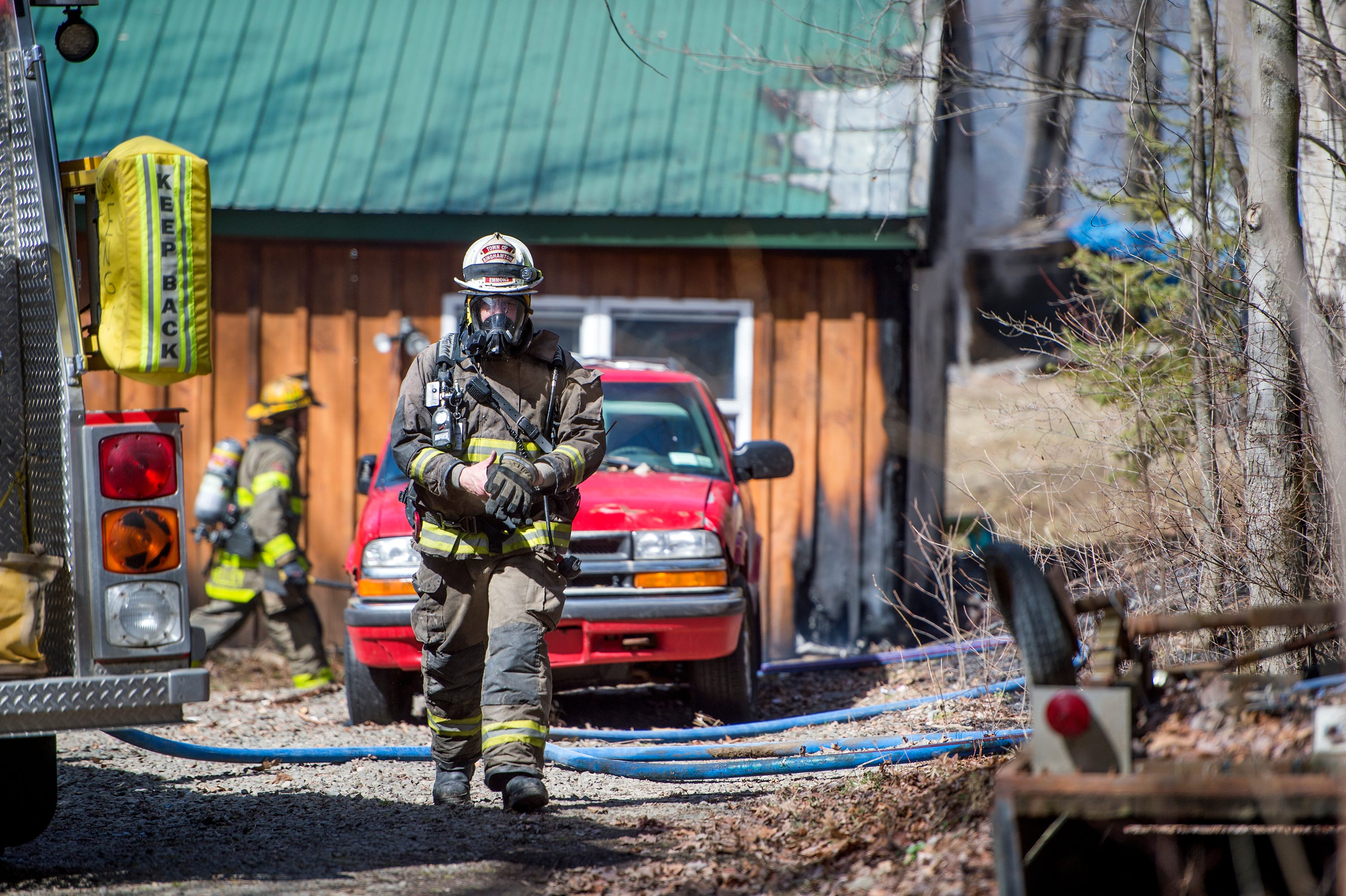Town of Binghamton fire hits house, spreads to brush