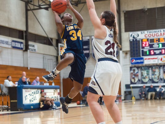 636511385447579654-STM.Carencro.girls.basketball.01.09.18-9345.jpg