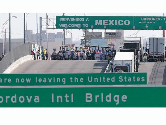 Bridge-blockade.jpg