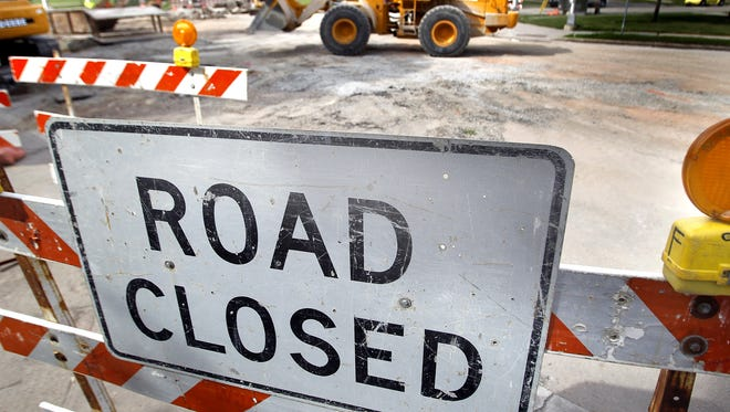 The northbound Interstate 41 on-ramp at Winchester Road will close.