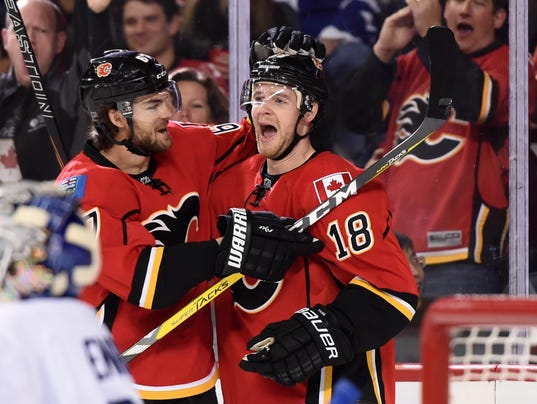 USP NHL: TORONTO MAPLE LEAFS AT CALGARY FLAMES S HKN CAN AL