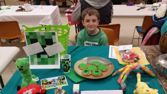 Cumberland County 4-H member Owen Griebau at the 2015 Favorite Foods Contest with his Minecraft-inspired entry.