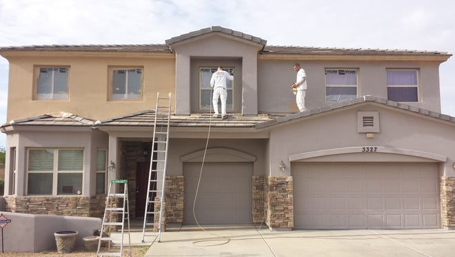 "To warranty its work for 10 years, Arizona Painting Company starts by offering its ""gold"" package buyers Sherwin-Williams' Duration paint."