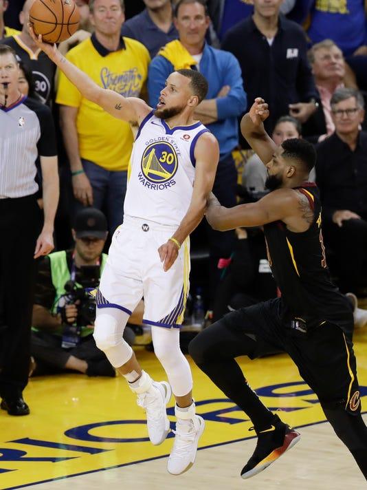 NBA_Finals_Cavaliers_Warriors_Basketball_79674.jpg