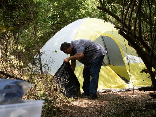 636675383909535793-homeless180713a.jpg