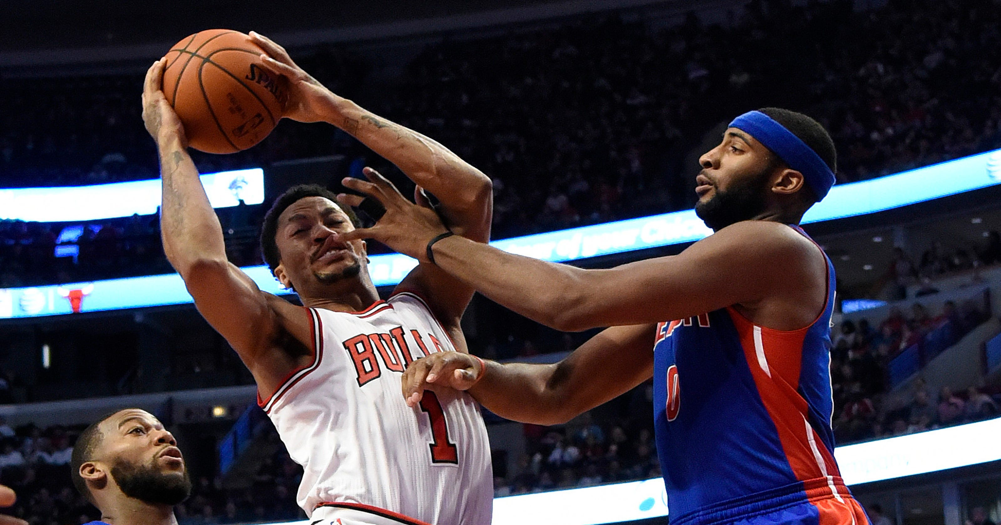 83d9e98e92ff Derrick Rose back in lineup to help Bulls beat Pistons