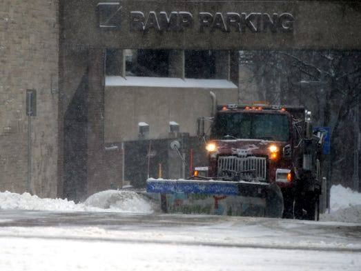 wisconsin weather  spring storm to shatter record for