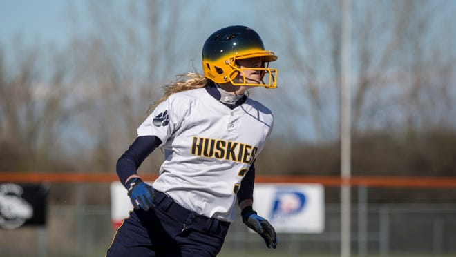 Port Huron Northern's Sami Klink rounds third base during a softball game Thursday, May 5, 2016 at Marine City High School.