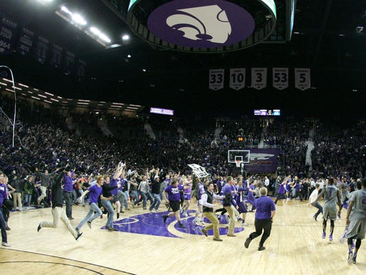 USP NCAA BASKETBALL: KANSAS AT KANSAS STATE S BKC USA KS
