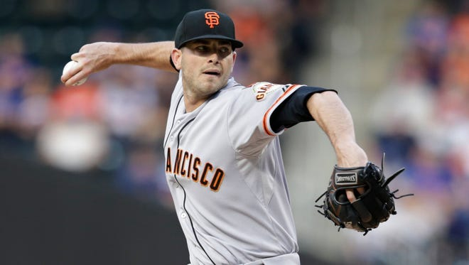 San Francisco Giants' Chris Heston delivers a pitch during the first inning of a baseball game against the New York Mets on Tuesday, June 9, 2015, in New York.