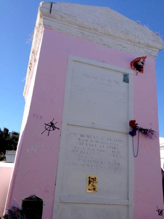 Marie Laveaus Tomb_Bold.jpg