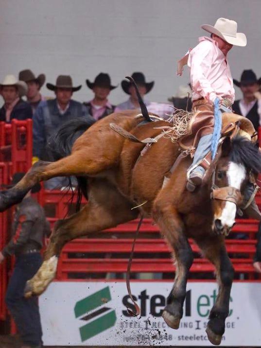 -Sunday Rodeo 21.jpg_20130114.jpg