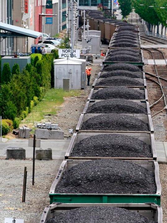 -Longview Coal Exports_Thom.jpg_20131128.jpg