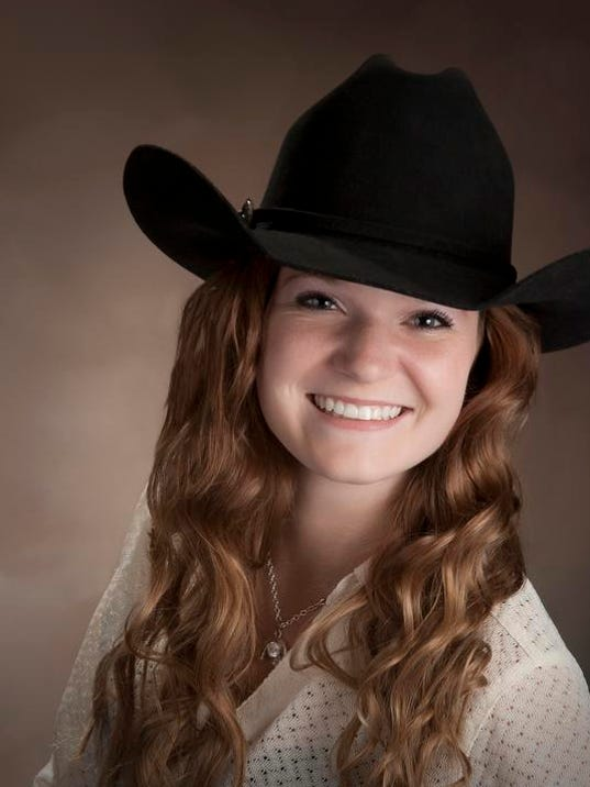 -amanda melton Miss Teen Rodeo contestant.jpg_20140109.jpg