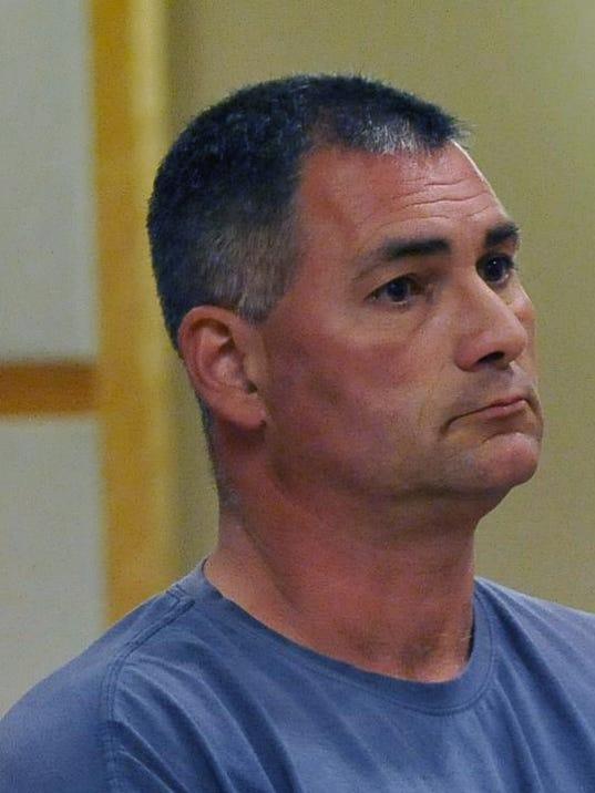 -Steve Smink in court.jpg_20130429.jpg