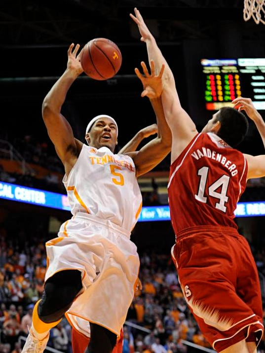 NC State Tennessee Basketball (2)