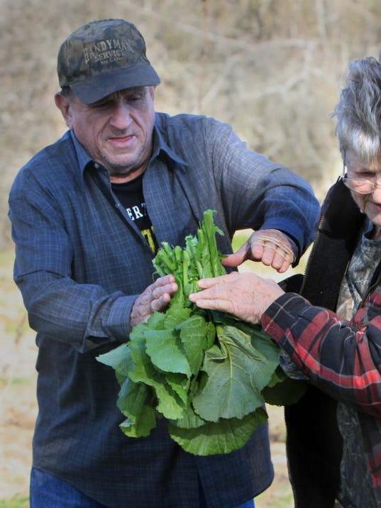 -MON Winter Farming 0105_0002.jpg_20140102.jpg