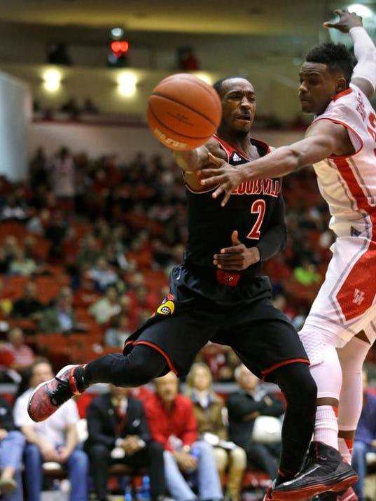 Louisville Houston Basketball (4)
