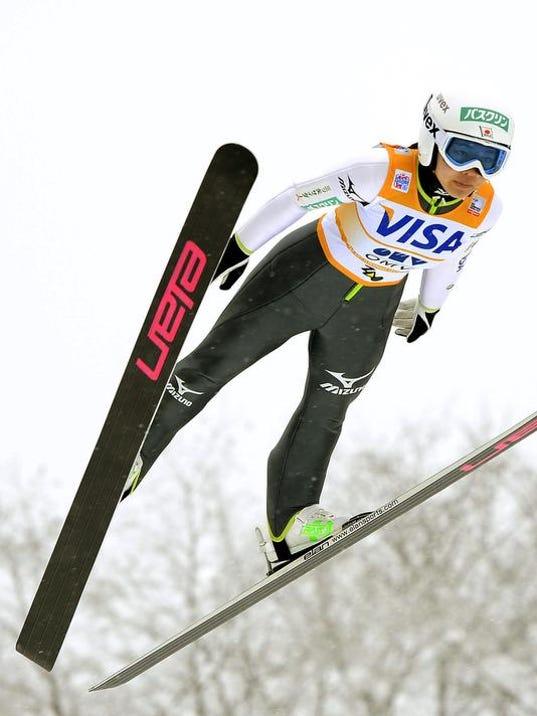STG outdoor cp us ski 01 0124.jpg